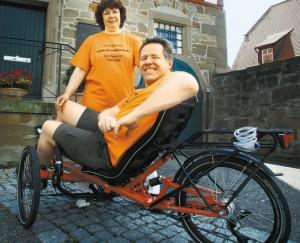 Uli auf seinem Fahrrad mit seiner Frau Iris